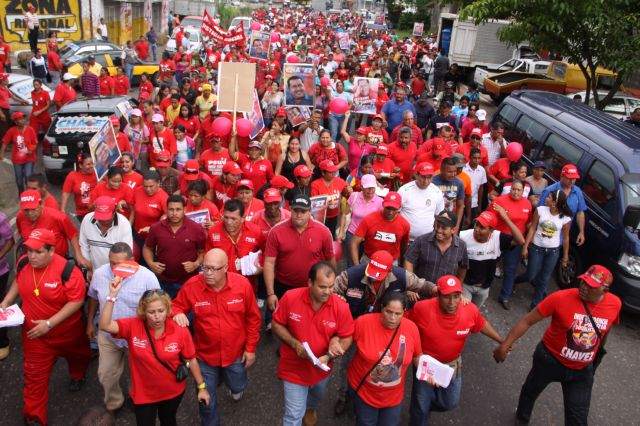 En la parroquia Simon Bolivar Ratificamos la Reeleccion del Presidente Chaves