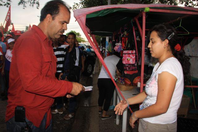 los Olivos reafirma su compromiso con el presidente Chavez