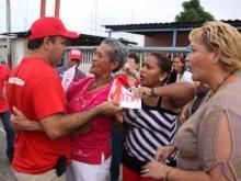 En Los sabanales reafirma su compromiso con el presidente Chavez