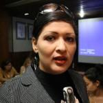 Primera Dama al recibir la Fundación del Niñ@ de Caroní